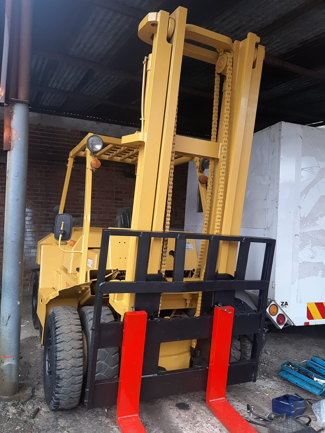 TCM 7 TON FORKLIFT TO BUY