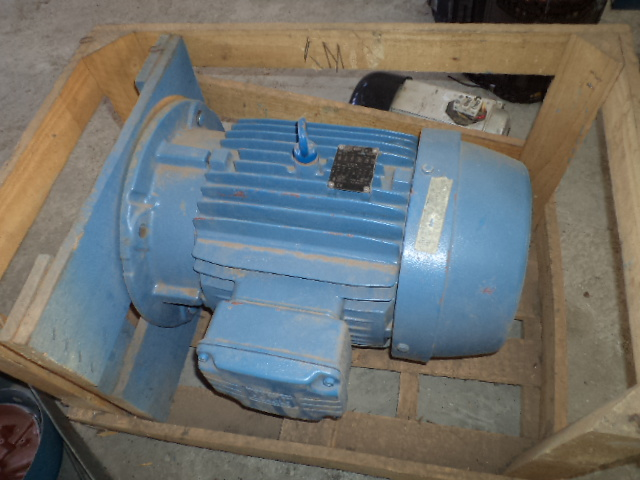 9.5 kw / 11 kw two speed electric motor