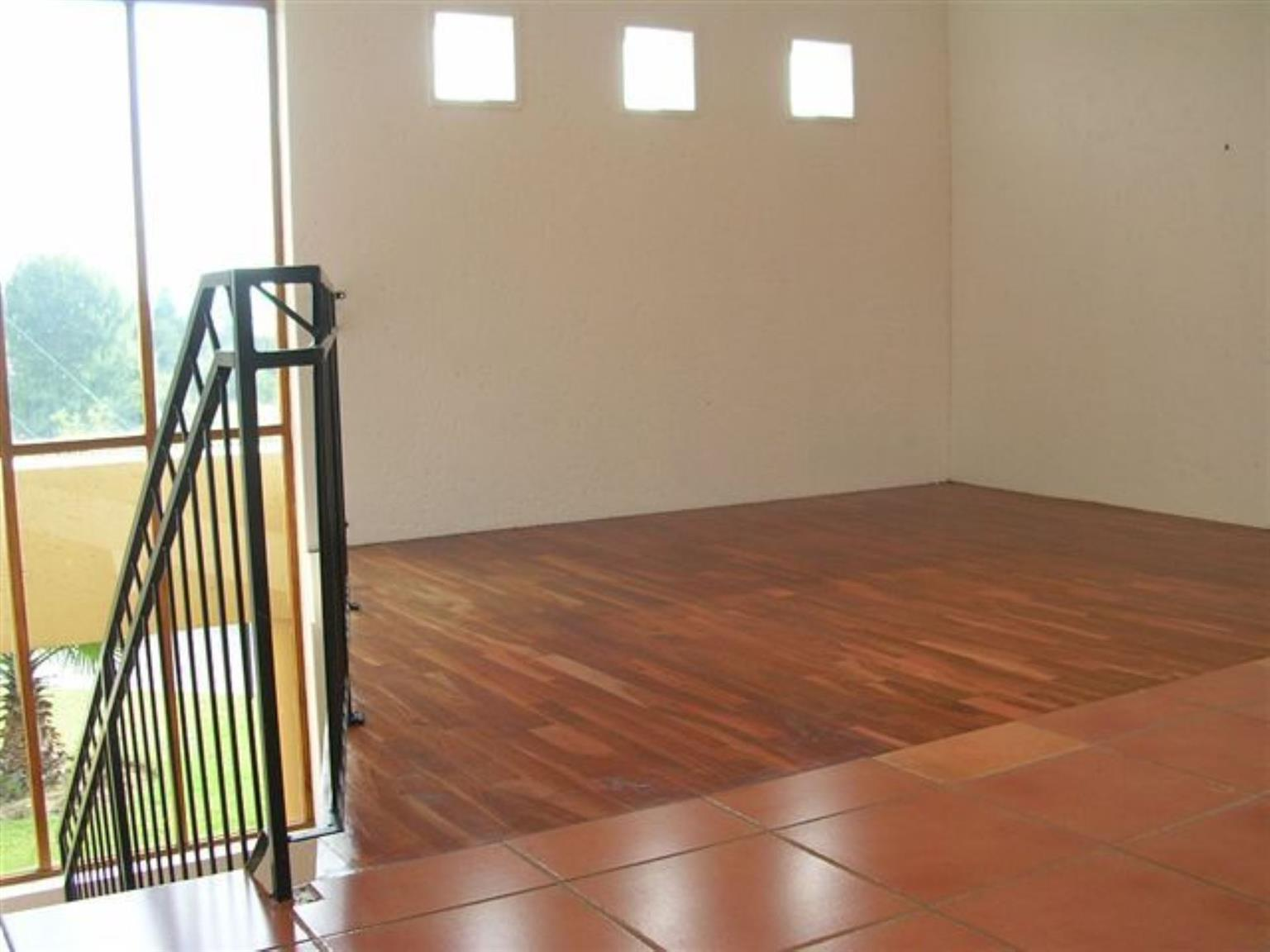 Townhouse Rental Monthly in PINESLOPES