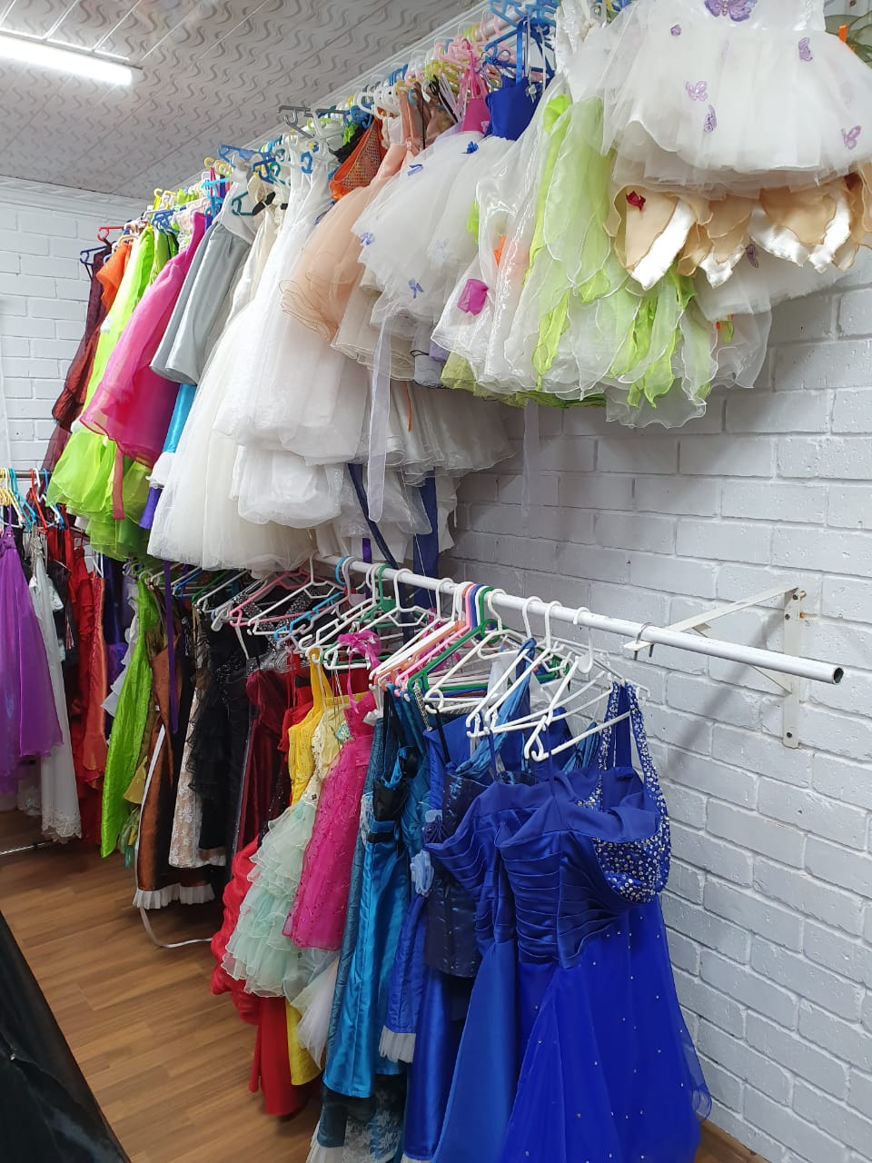 Clothing for sale, wedding dresses, evening dresses, party dresses, kids clothing and dresses, men suits, shirts, ties, jewelry, crystals etc etc