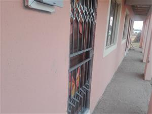 Rooms to rent in nobody turfloop polokwane