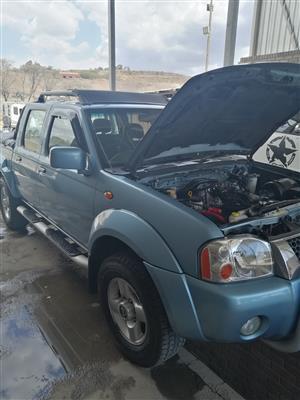 2005 Nissan Hardbody 3.0 16V TD double cab Hi rider SEL