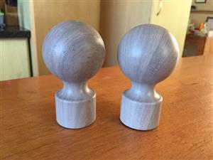Pair of Marble-look finials - unused - to fit 30mm diameter pole