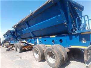 34 TONNE SIDE TIPPER FOR HIRE