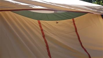 Almost New 4-5 Man Tent for urgent Sale