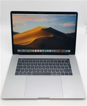 2018 Apple MacBook Pro 15-inch 2.2GHz 6-Core i7 (Touch Bar, 256GB, Space Gray) - Pre Owned