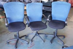 Awesome Bargain Office Chairs On Wheels Junk Mail Download Free Architecture Designs Scobabritishbridgeorg