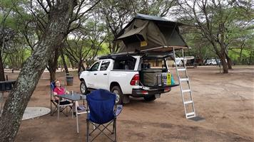 Rooftop tent Eezi Awn
