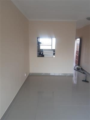 Newly Renovated First Floor Apartment in Buccleuch close to the Spar