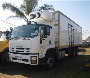 2013 Isuzu FVM1200 fridge truck – AA3090