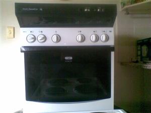 DEFY 600 S Slimline Undercounter Oven (Brand new - Unused) ABSOLUTE BARGAIN R950.00