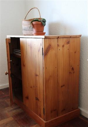 Oregon Pine unit - great condition