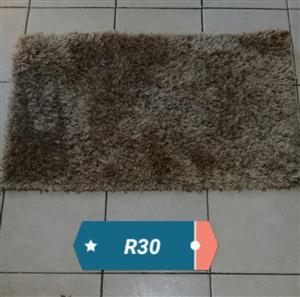 Brown bathroom rug for sale