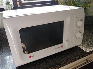 Microwave for sale (LG)