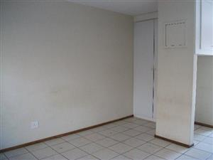 Linden flat to rent for R4200