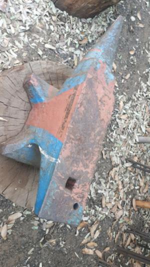 40kg blacksmith anvil / aambeeld