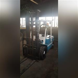 Nissan 3.5Ton Forklift