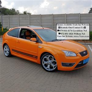 2007 Ford Focus ST 3 door (leather + sunroof + techno pack)