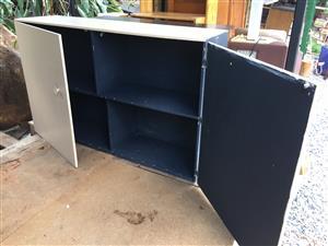 Shelf  cabinette