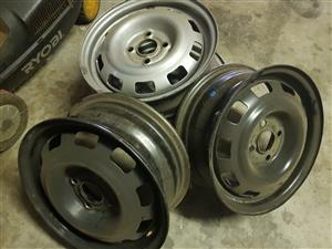 Chev utility and corsa rims for sale