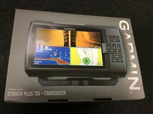 Garmin STRIKER Plus 7sv Fishfinder with Transducer