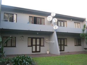 2 Bedroom,1 Bathroom Apartment for sale in Port Edward