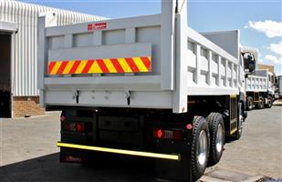 UD QUESTER TIPPER CGE420 FOR SALE