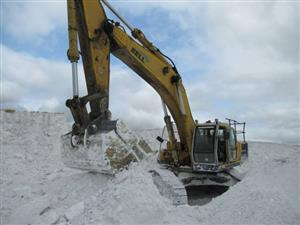 Bell HD2045 Super Exceed Excavator- ON AUCTION