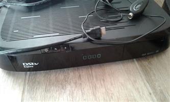 DSTV Decorder
