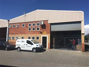 DISTRIBUTION CENTRE TO LET IN GATEWAY INDUSTRIAL PARK, CENTURION!