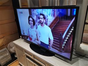 Samsung 46 inch smart Fhd led tv in perfect condition includes remote