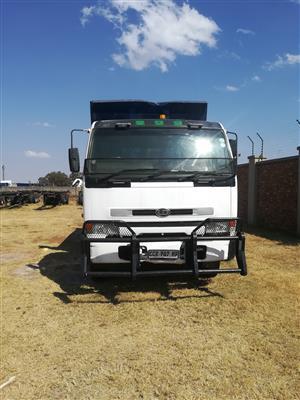 UD 10 CUBE Tipper truck
