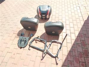 Givi pannies for superbikes