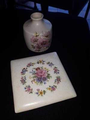 Floral white pot with stand for sale
