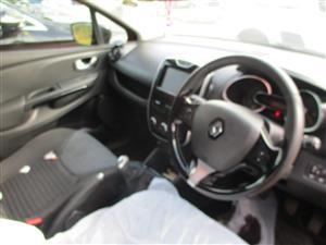 2015 Renault Clio 1.5dCi Expression 5 door Code 2