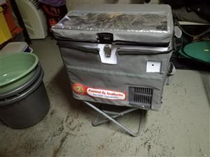 Snowmaster 220V Refrigerator/Freezer