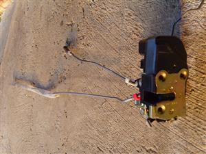 PT CRUISER Door Lock Actuators