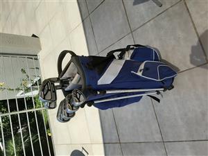 Cobra AMP Cell-S Regular 4-PW and Cobra golf bag