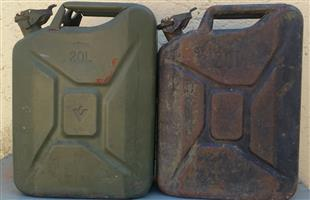 Jerry Cans *2