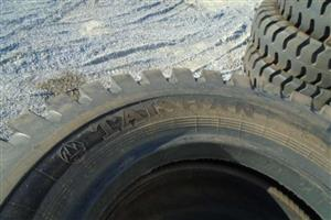 24.00 49 E4 48 PLY Loader Tyre