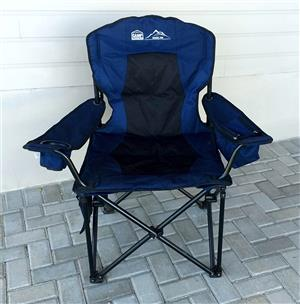 2X CAMPMASTER DELUXE 700 chairs