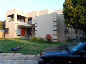 Rooms to rent in Bloubosrand, Randburg from R1900