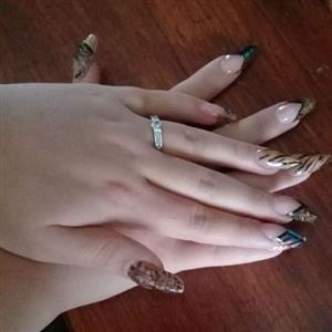 Lipo laser, massage therapy and acrylic nails done privately