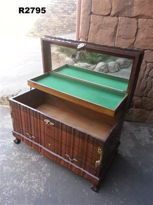Kist For Sale In Antique Furniture In Pretoria Junk Mail