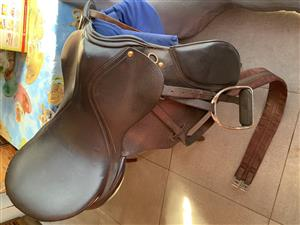 Horse Saddle, TRIDENT, complete