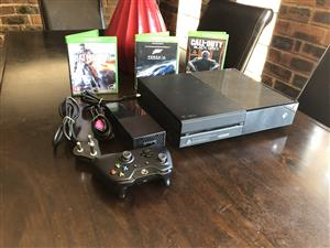 Like New, Matt Black Xbox one 1TB with 1 Wireless Bluetooth Controller &  3 Latest 4k Games Included..