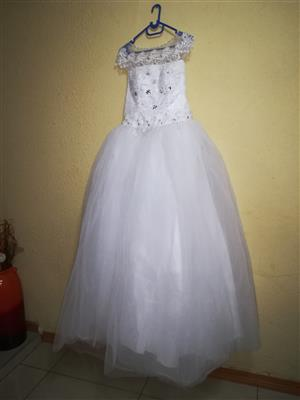 I am selling or renting wedding gown