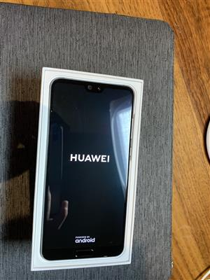 Selling my new inbox Black - (CLT-L09) Huawei P20 Pro 128GB Smartphone