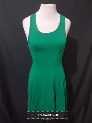 Size small green dress for sale