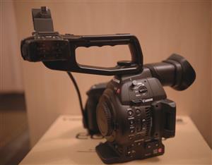 Canon C100Mk2 Digital Cinema Camcorder New In Box